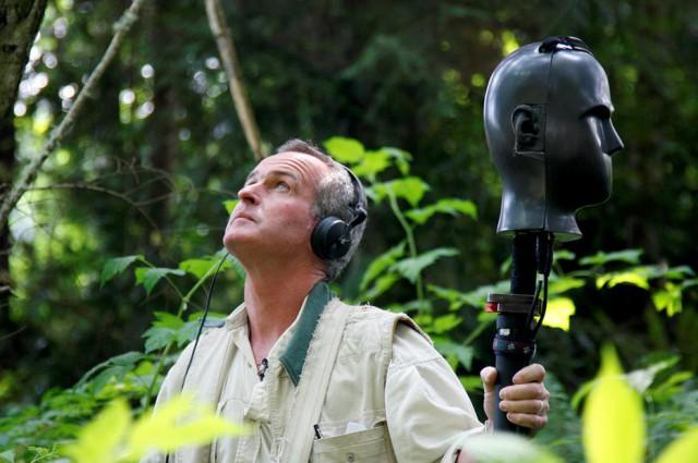 Американский эколог акустик исследует музыку природы