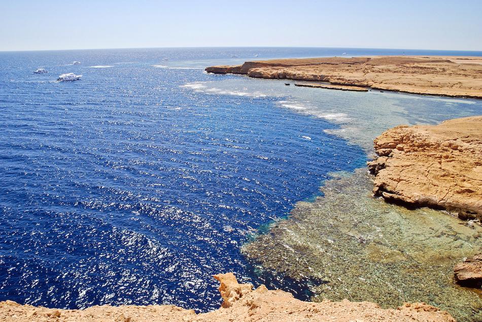 При таких темпах через 200 миллионов лет, вполне возможно, наши потомки будут купаться на берегу Кра
