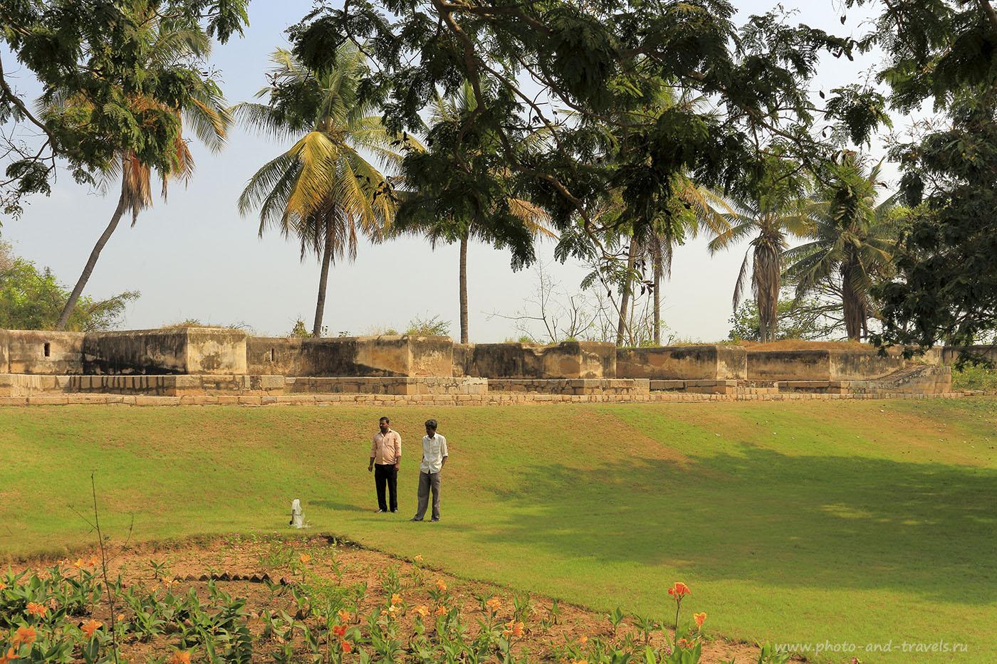 Фотография 8. Крепостная стена в городе Шрирангапатнам в Карнатаке. Отдых в Индии. 1/30, 14.0, 100, 32