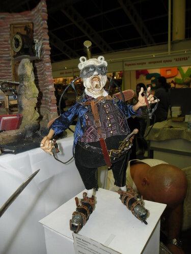Удивительная экспозиция, представленная на Тишинке на текущем салоне кукол