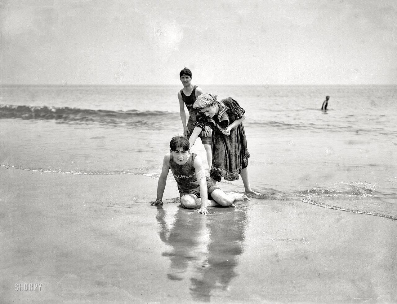 1905. Пляжная вечеринка.