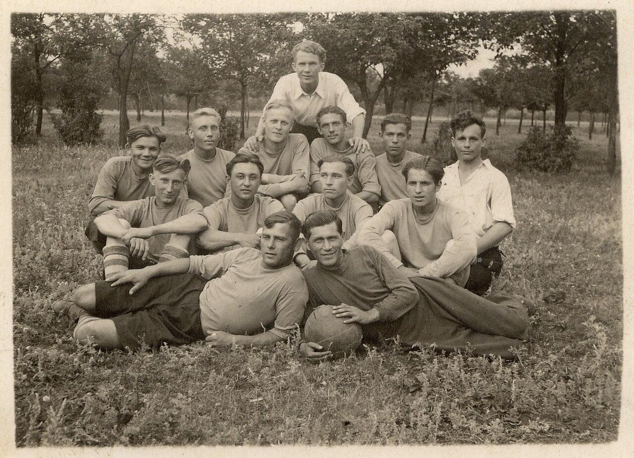 1947. Футбольная команда «Металлург»