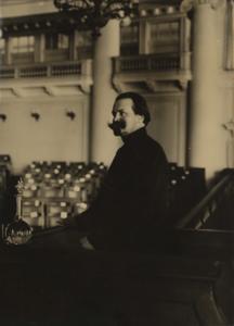 Член III Государственной Думы М.Д. Челышев произносит речь против пьянства. 1908.