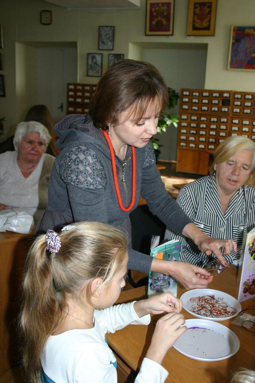 Луганская мастерица привезла в Запорожье бисерную красоту (ФОТО), фото-1
