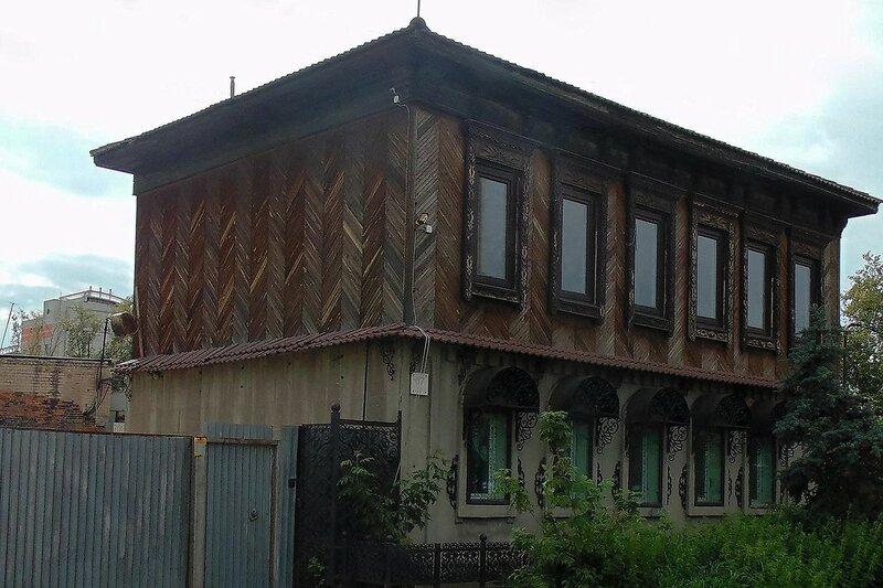Старинный дом по ул.Труда
