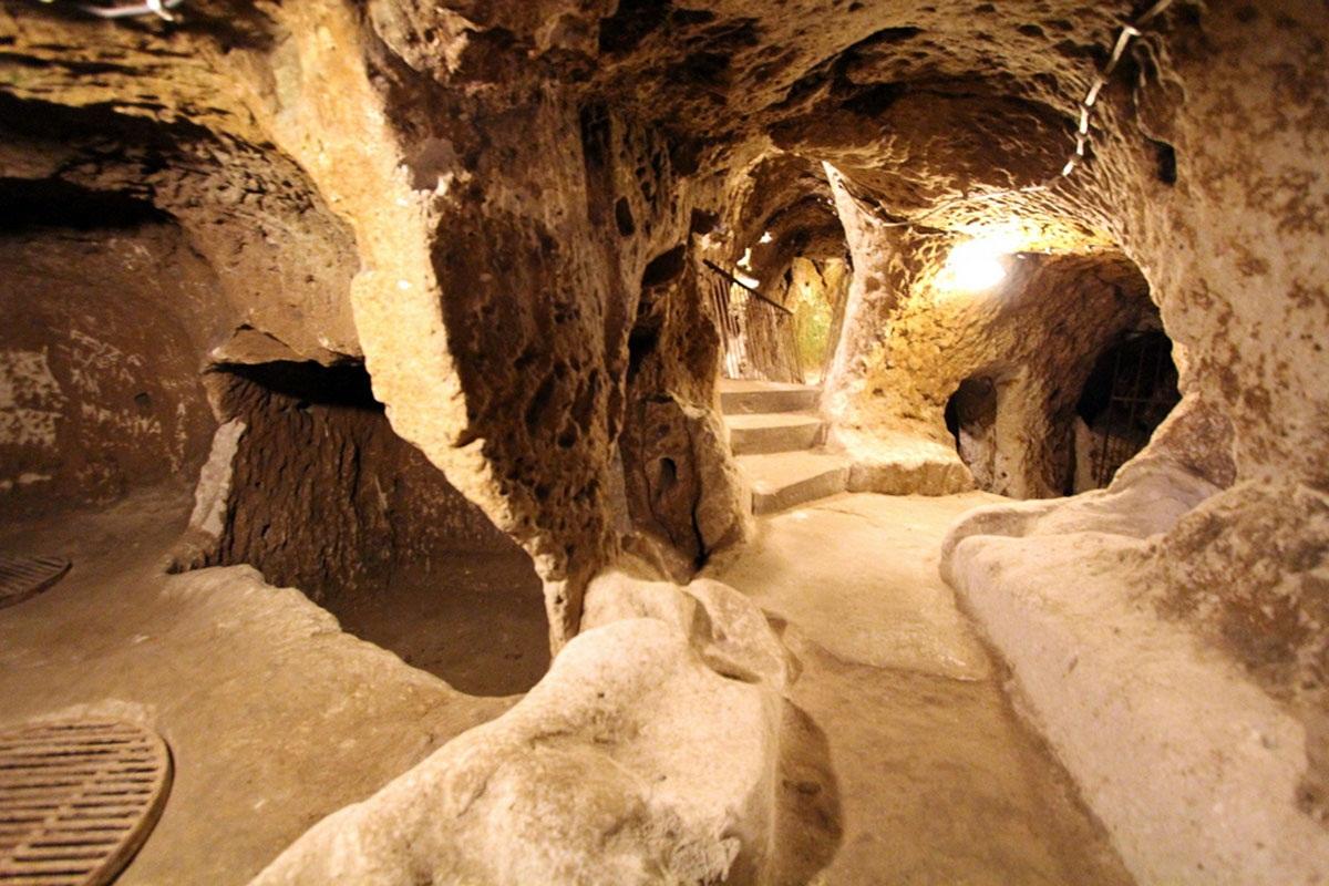 древние подземные пещеры фото вопрос интернете