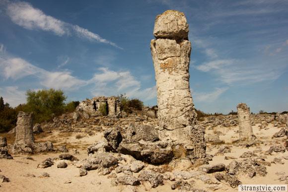 магический каменный лес в Болгарии