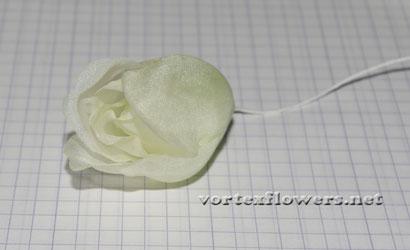 Роза из шелка своими руками, выкройка (схема) розы.