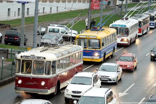 Осень. Парад троллейбусов. 16.11.13.04..jpg