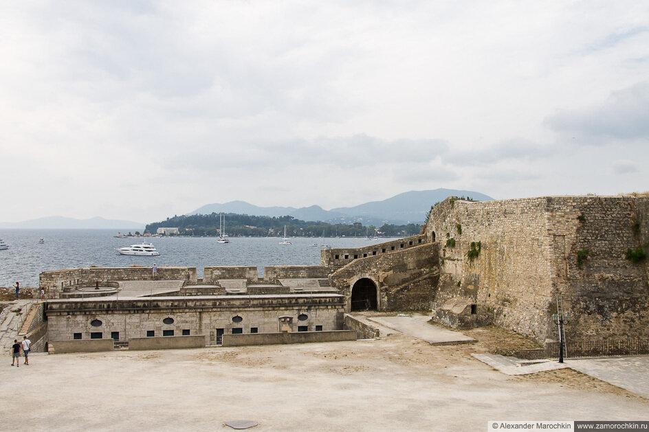 Вид из Старой Крепости на южную сторону