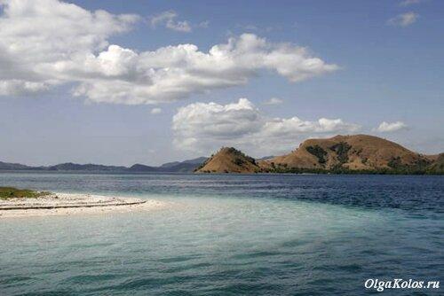 Рядом с островом Комодо