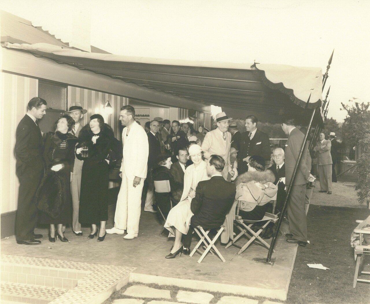 1940-е. Кларк Гейбл на голливудской вечеринке