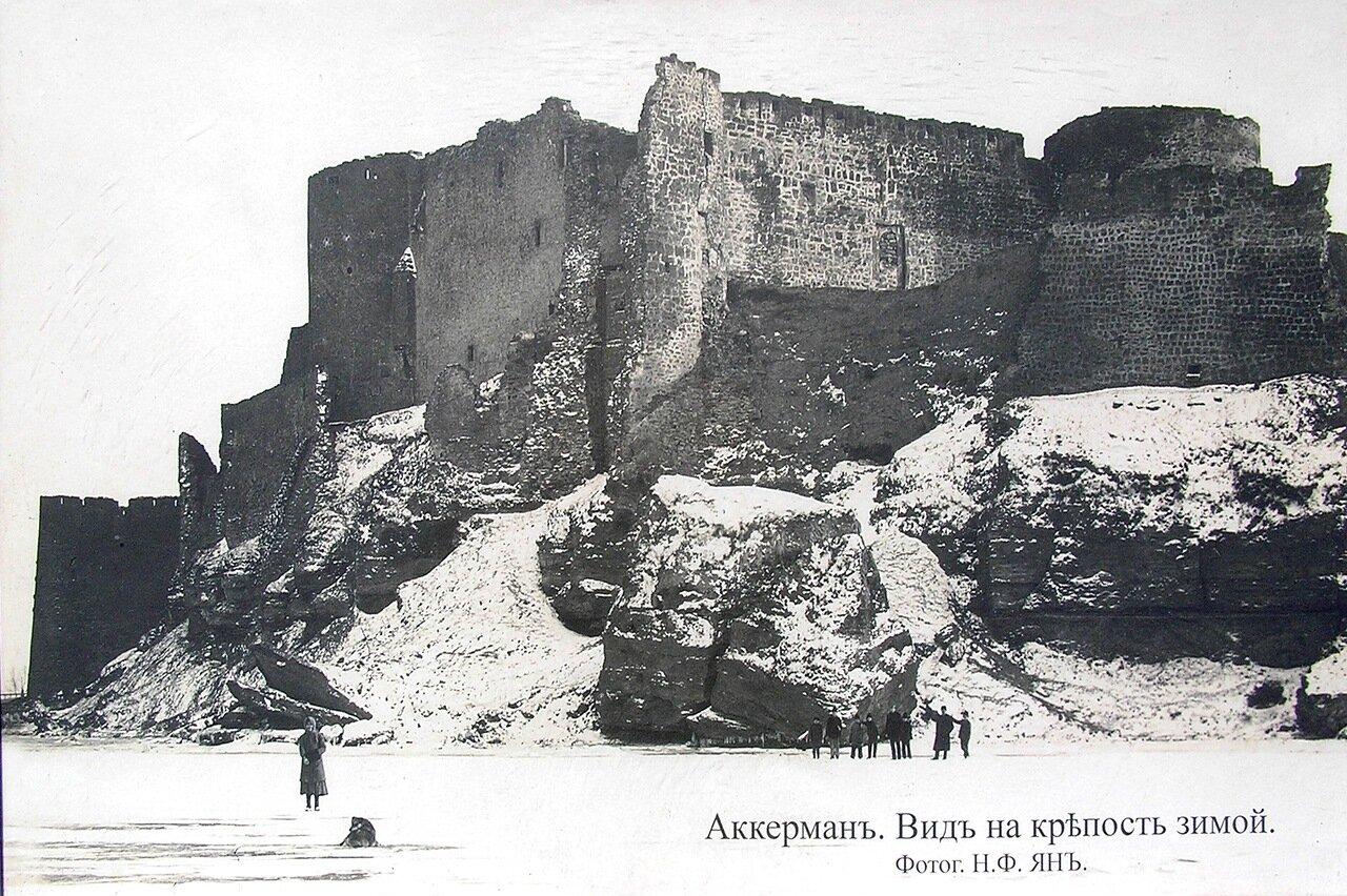Вид на крепость зимой