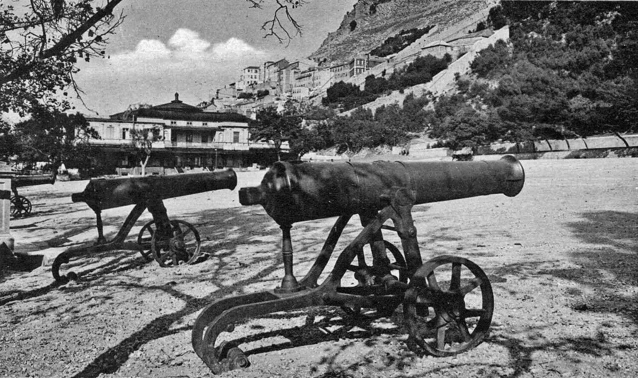 1960. Русские трофейные пушки