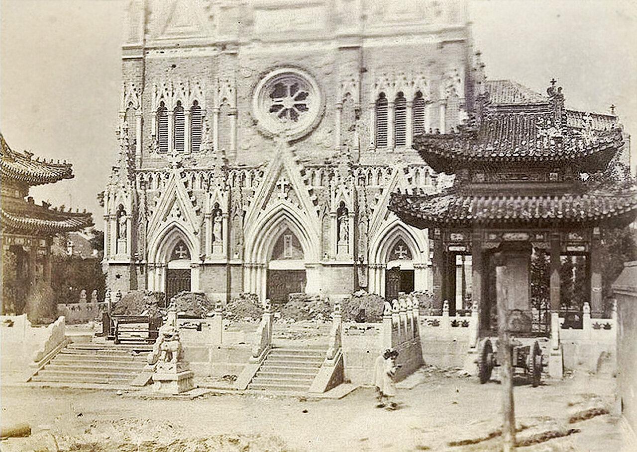 Самый большой католический храм Пекина, 1900 год