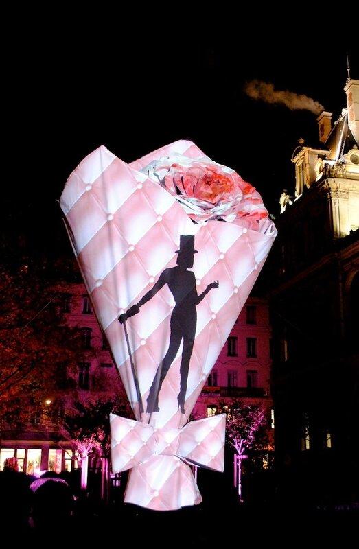 Световое шоу во французском Лионе