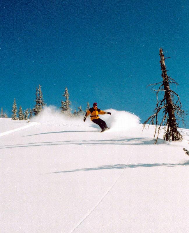 По непроходимым склонам гор на сноуборде (01.10.2013)