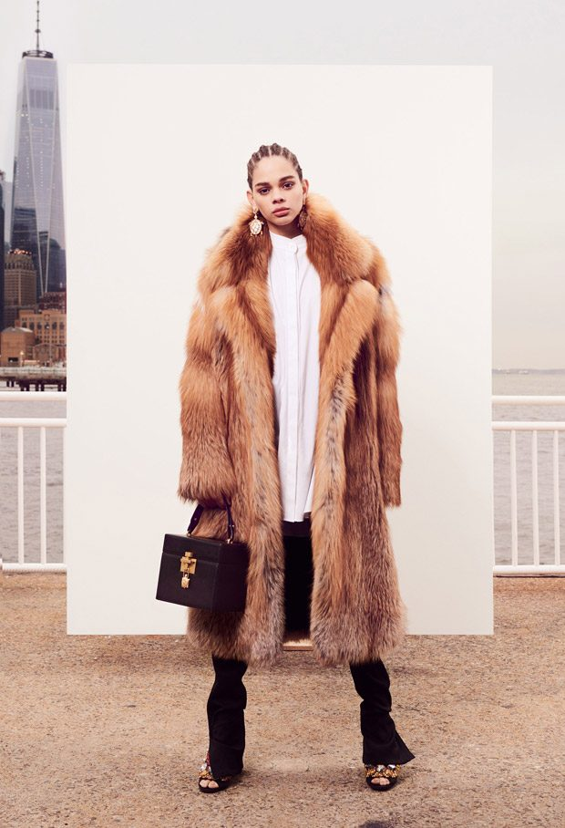 Oscar de la Renta Pre-Fall 2018 Womenswear Collection (26 pics)