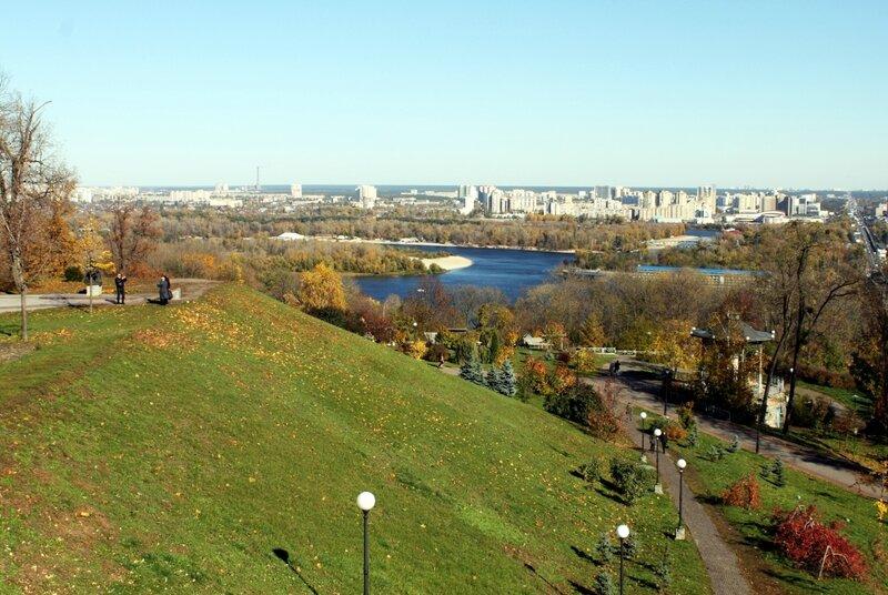 Склон парка Славы