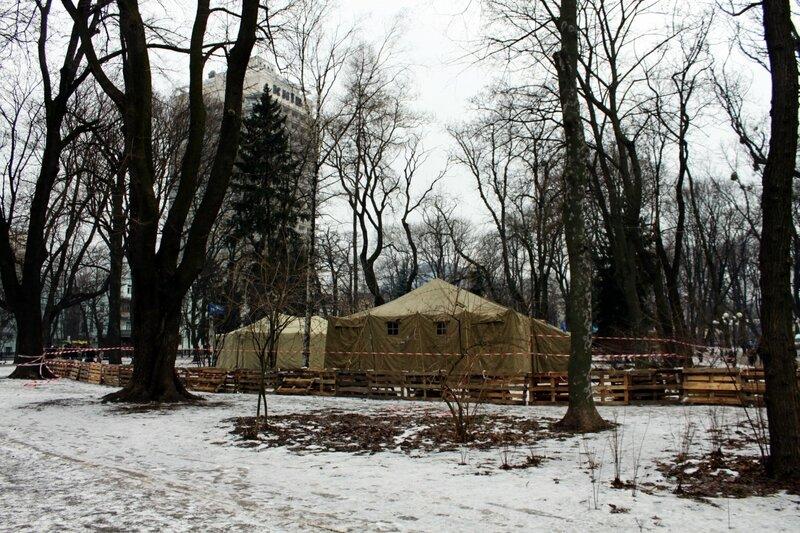 Палатки Антимайдана в Мариинском парке
