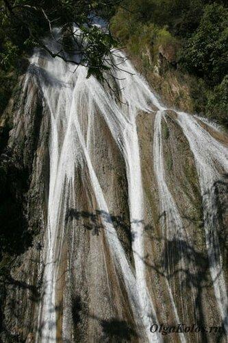 Водопад рядом с Сипо
