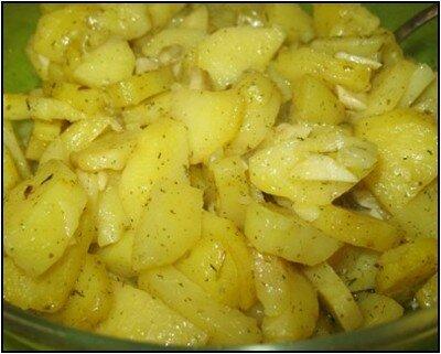 Картофель запечённый в микроволновке