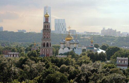 Встречный свет на Новодевичьем