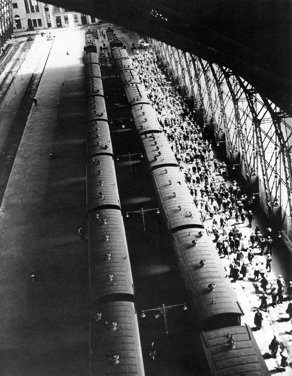 Киевский вокзал. Москва. 1936 год.