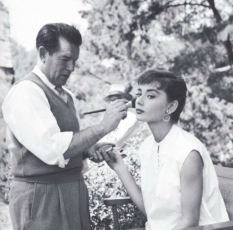 1954. Одри Хепберн на съемках «Сабрины»