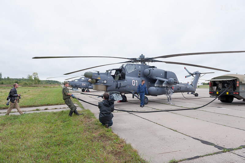 Миль Ми-28Н (01 белый) D707241