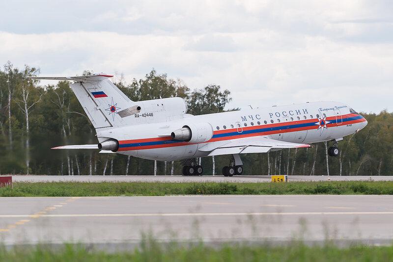 Яковлев Як-42Д (RA-42446) МЧС D802893