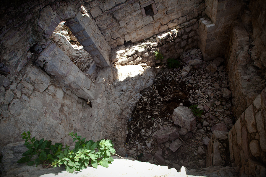 Крепость Хай-Нехай Черногория