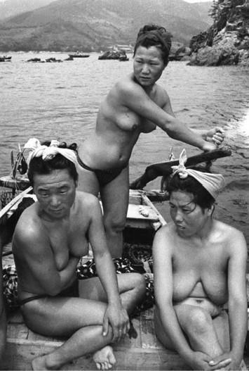 японские девушки-ловцы жемчуга