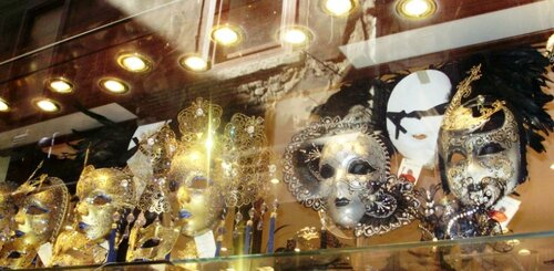 Маска для карнавала в Венеции