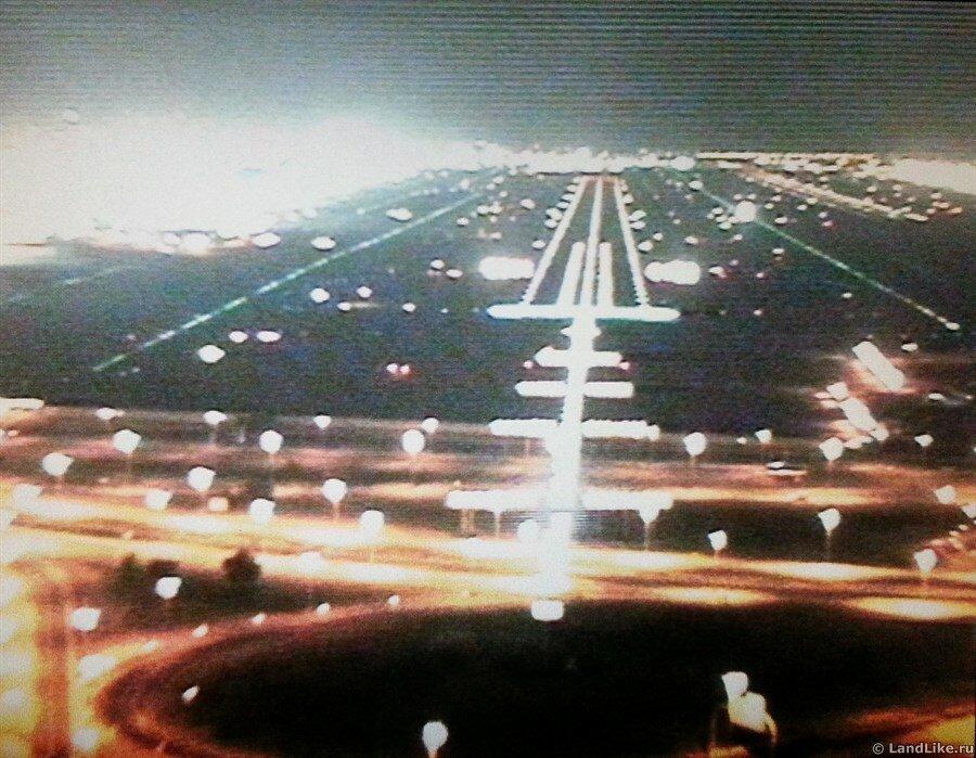 Посадка в аэропорту Дубая