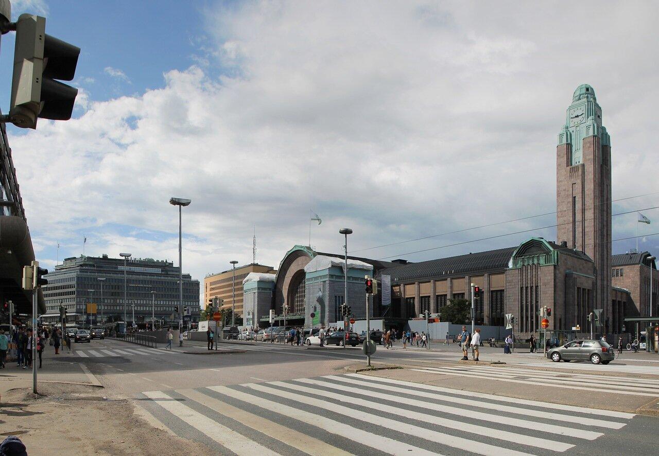 Хельсинки, центральный вокзал.  Helsinki Central railway station