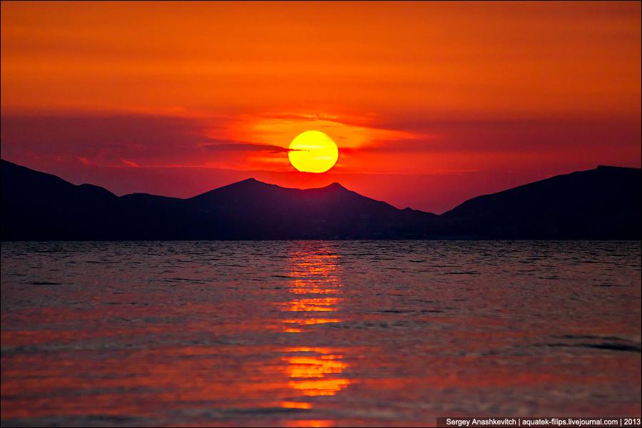 Рассвет на мысе Киик-Атлама