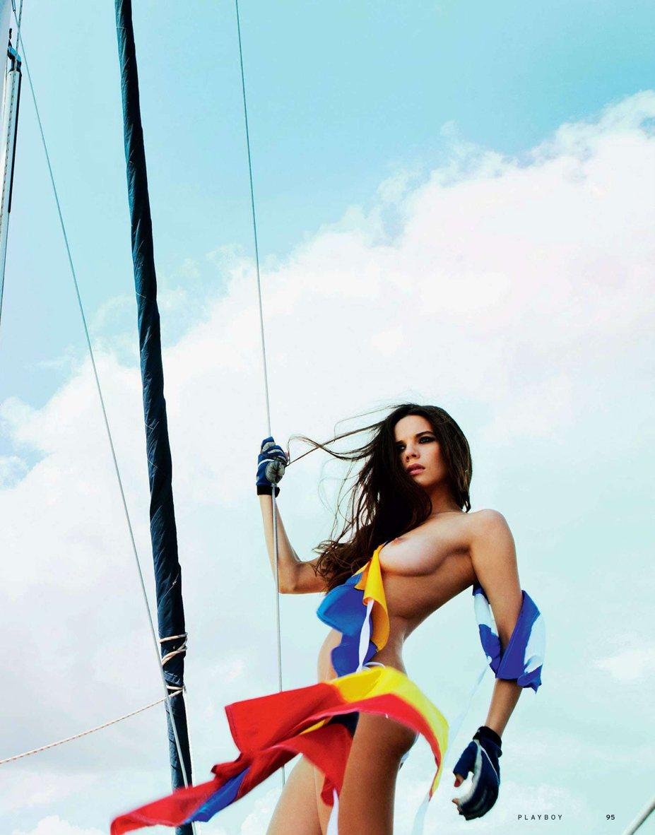 Девушка месяца Анна Ромащенко - Playboy Россия, ноябрь 2013