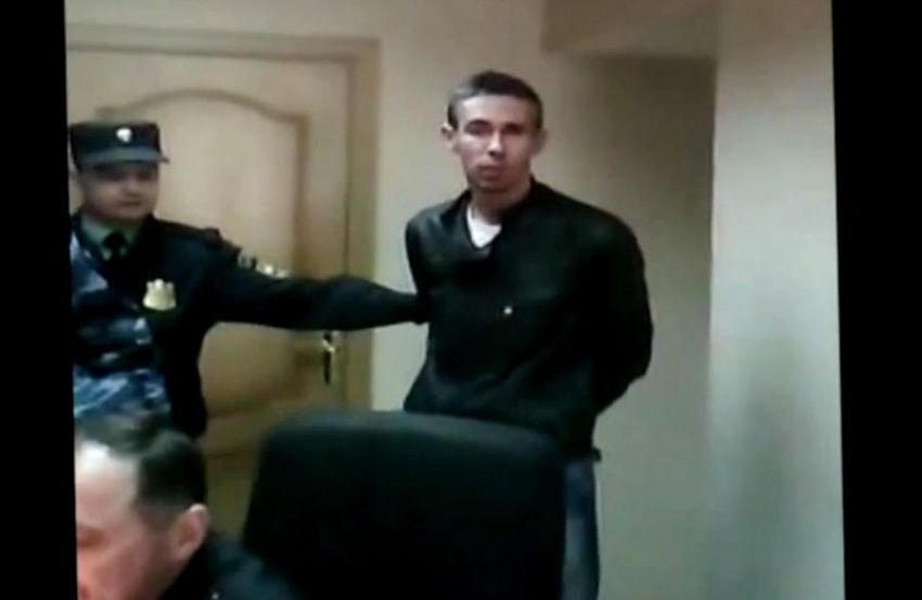Скандальный актёр Алексей Панин оскорбил полицейского в участке