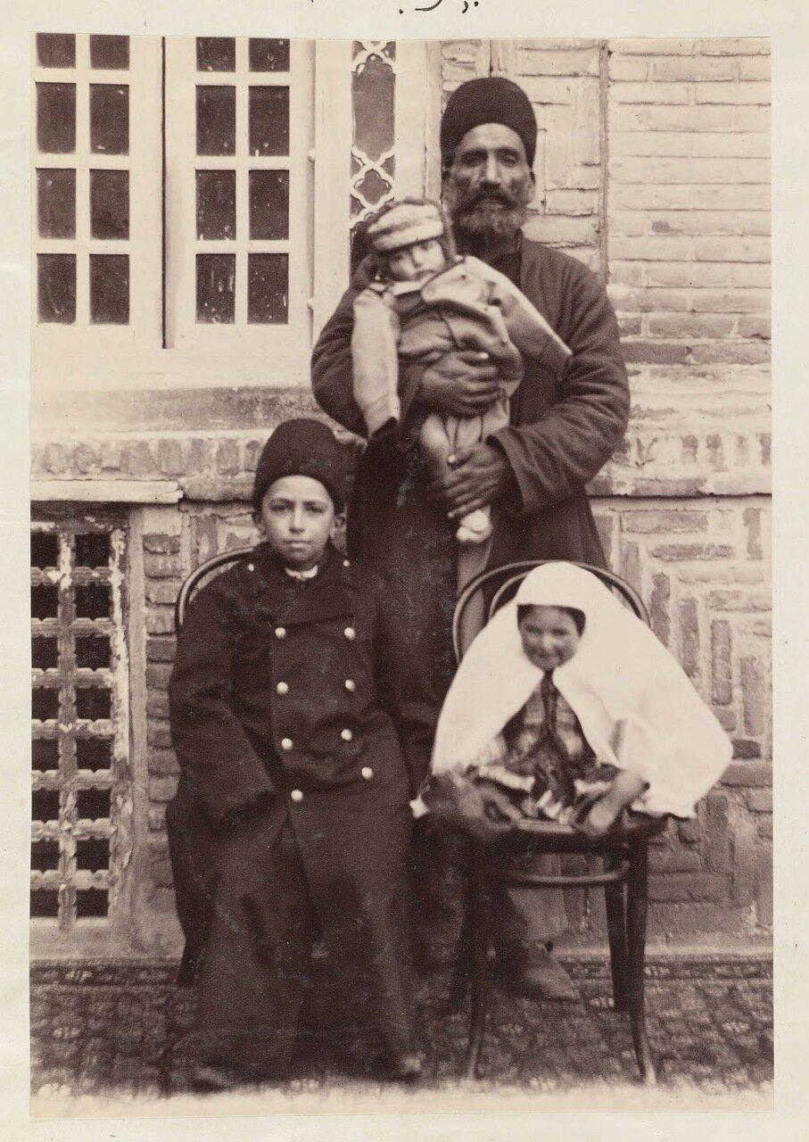 Дети Навваб Мавассак аль-Давлаха