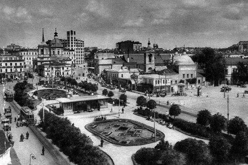 Арбатская площадь. Вторая половина 20-х гг. XX века.
