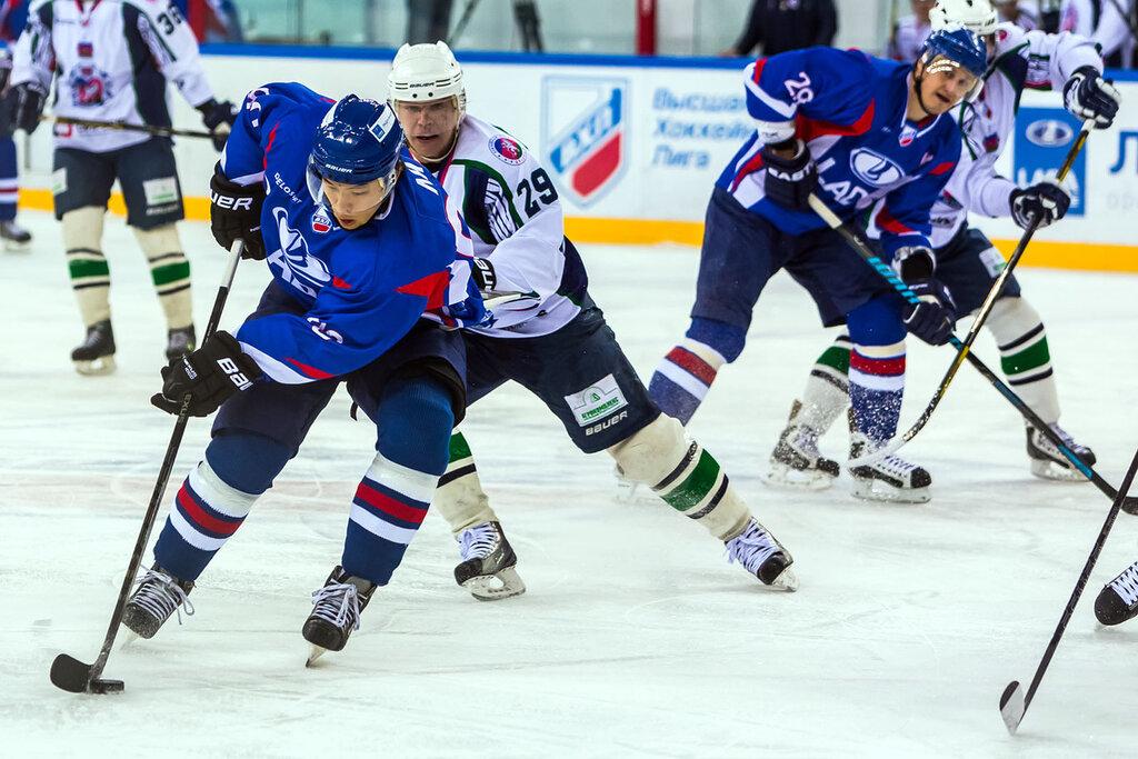 Олег Ли