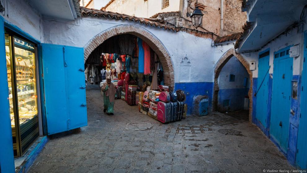 4. Но, в отличие от других городов Марокко, здесь всё чинно и благородно, по-европейски: торговцы не