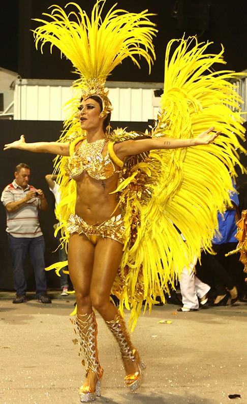 Бразильские карнавал порно видео