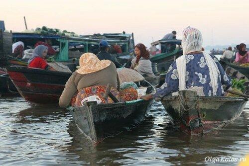 Плавучий рынок в Банджармасине