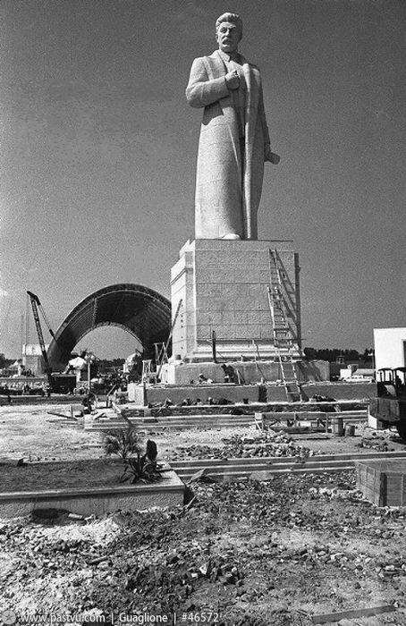 Площадь Механизации, строительные работы, Павильон Механизация и электрификация сельского хозяйства СССР, 1938 г.