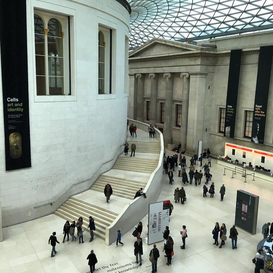 12. Британский музей (Лондон, Великобритания) На протяжении веков колонисты из Британской империи от