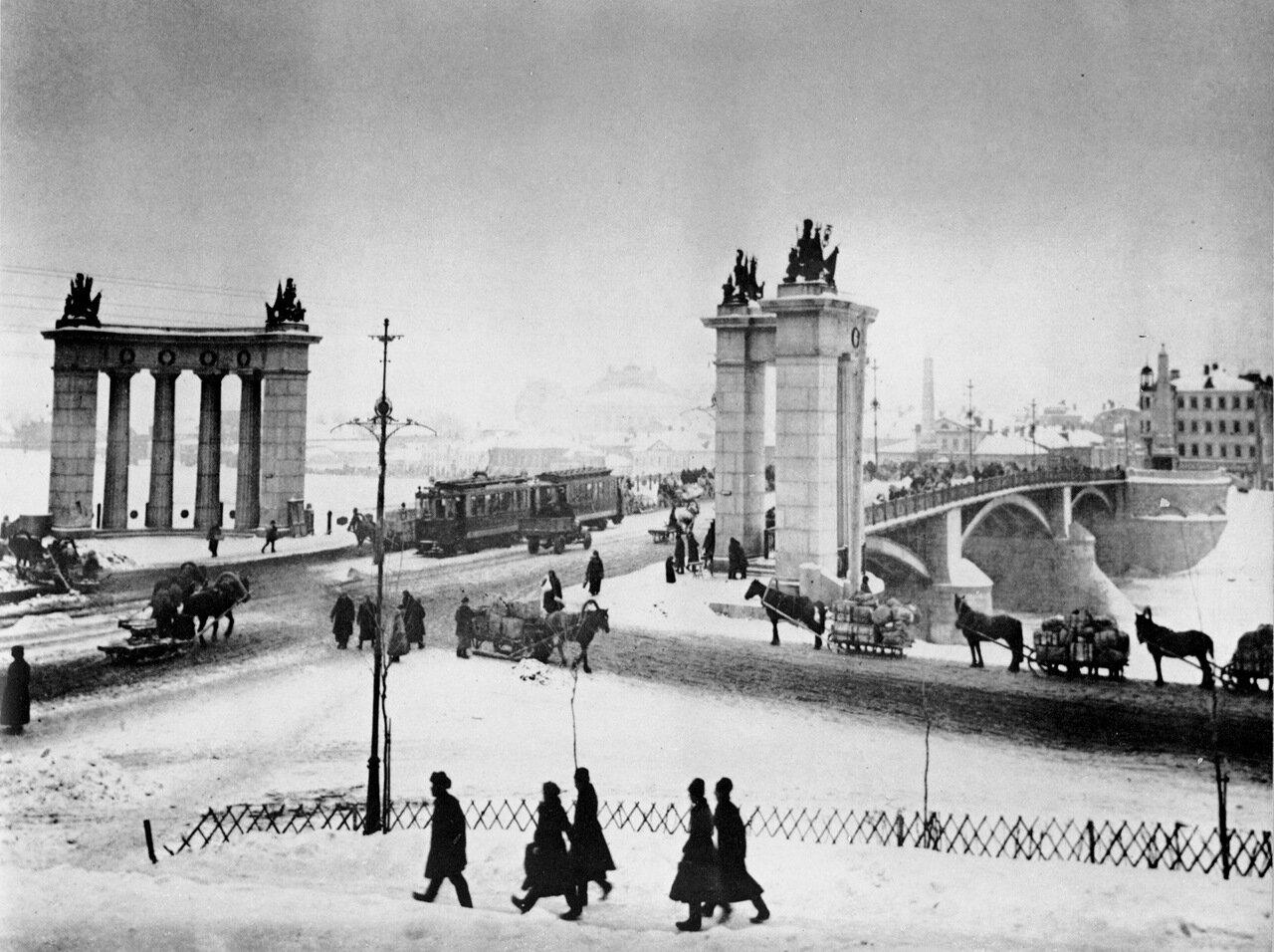 Москва. Бородинский мост. 20-е годы