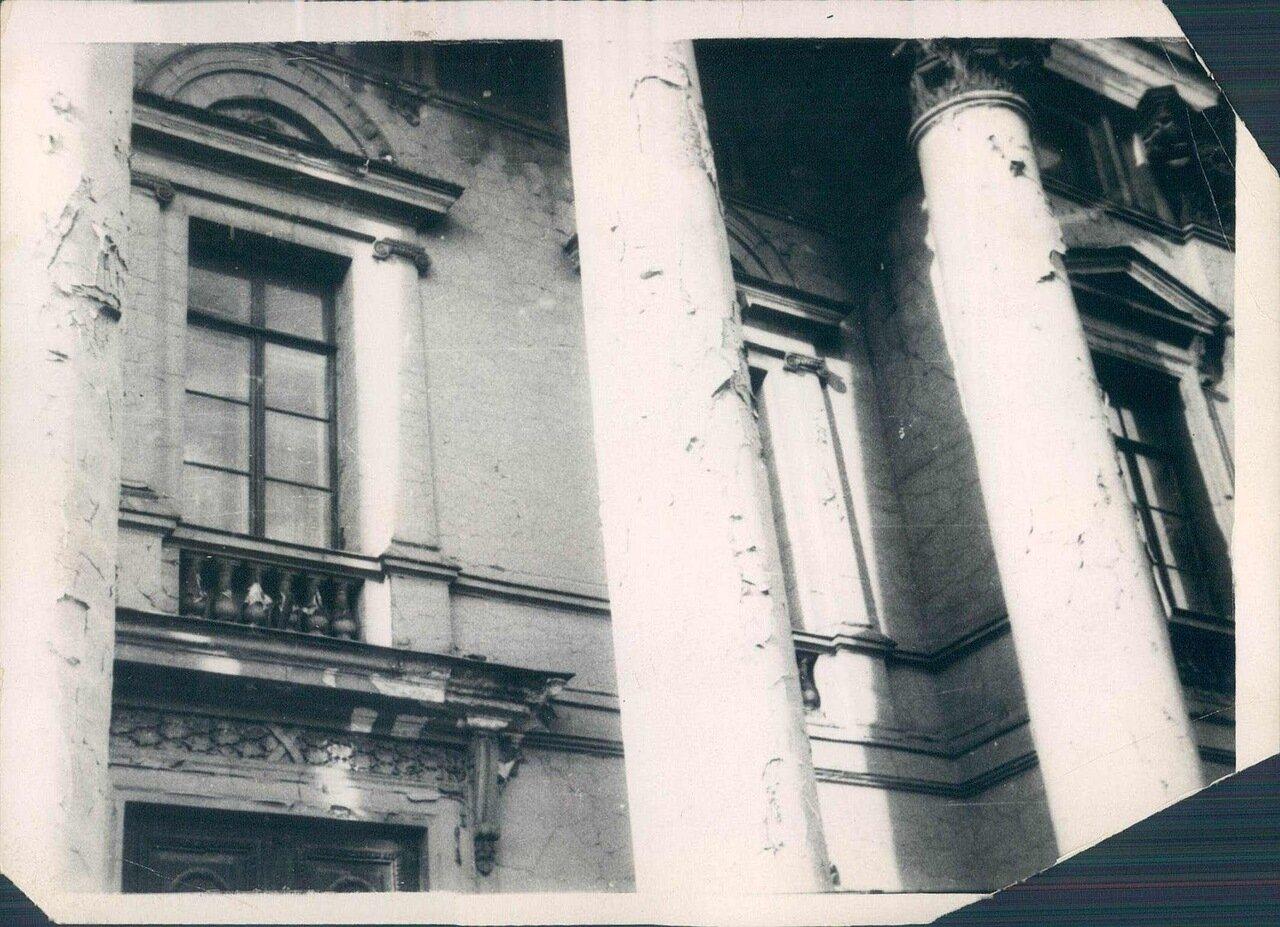 1929. 17.12 Нынешнее состояние бывшей царской архитектуры на Невском проспекте в Ленинграде