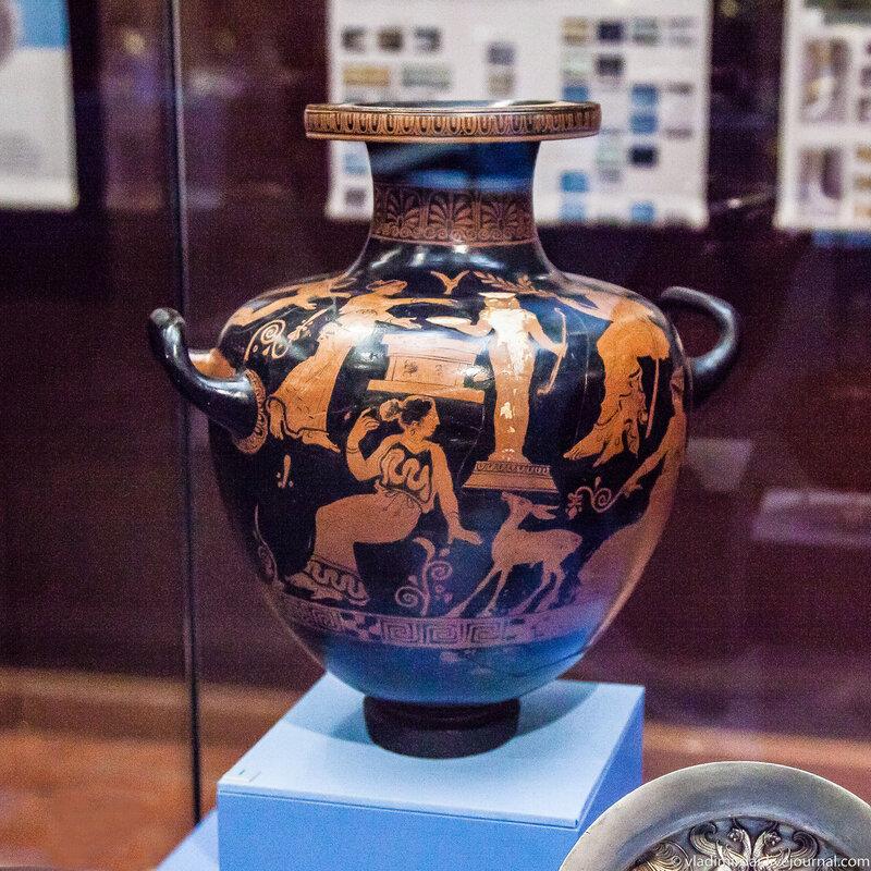 Гидрия-калнис краснофигурная. Керамика. Конец первой четверти IV до н.э.